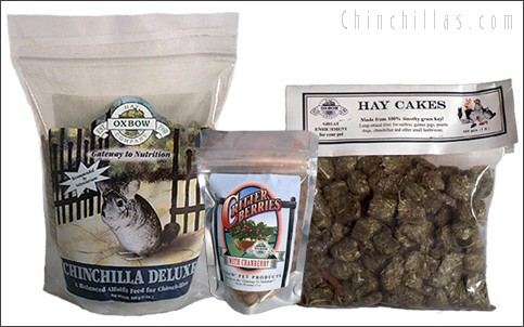 Oxbow Chinchilla Deluxe, Hay Cakes and Critter Berries Chinchilla